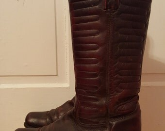 70's LEATHER COWBOY BOOTS // Men's Dark Brown Wine Quilted Stitched Boots Size 9 Square Toe