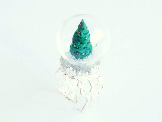 Christmas tree globe ring glass terrarium