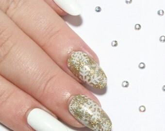 Fake Nails - Press On Nails - Oval False Nails - Acrylic Nails - Glue On Artificial Nails - Stick On Nails - Glossy White & Gold Holo Nails