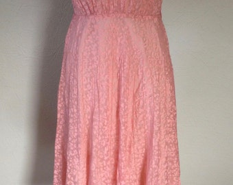 SALE! Vintage 1950s Sheer Peach / Pink and Beige Pattern Short Sleeve Dress with Lace Collar and Sleeves Size 6-8