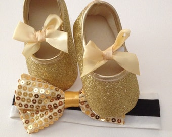 Gold Baby shoe, Baby shoe, Glitter baby shoes, Girl Glitter shoes, Girl Gold shoes, Baby glitter shoes,FIrst Birthday outfit
