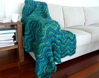 Blue Throw blanket Chunky knit Blanket Green Knit throw Blanket Green Rug Hand knitted blanket Thick Green afghan
