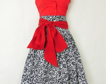 Women's Plus Size  knee length black and white print Skirt with pockets  plus size womens. Small to 6X.