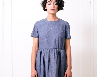 Light blue denim loose dress with short sleeves and round neck