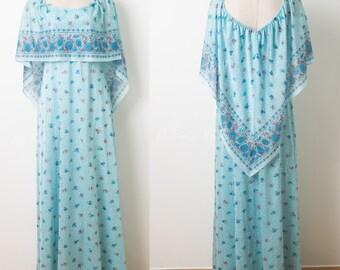 Vintage 70s Dress, 70s Boho Dress, 70s maxi dress, Hippie dress, Vintage Blue cape Dress, floral maxi dress, 70s cape dress, bohemian dress