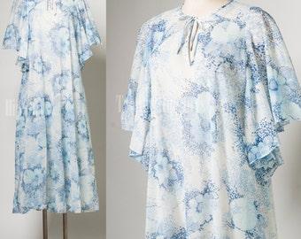Vintage Caftan Dress, 70s Dress, Vintage maxi dress, boho dress, 70s maxi Dress, Bohemian Dress, 70s Hippie dress, Blue floral dress - S/M