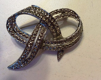 Vintage Marcasite bow Pin Broach