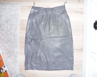 Size 36 leather skirt