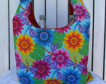 Reusable market bag, shopping bag, grocery bag, gym bag, beach bag.