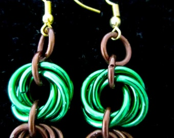 Green and Bronze Mobius knots weave Chainmail Earrings