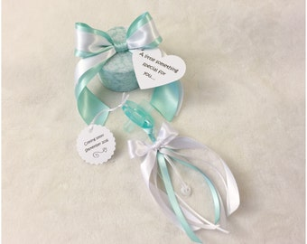Pregnancy Announcement for Aunt-To-Be - Keepsake Binkie Box with Pacifier