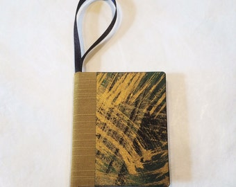 Bookament/Green-Gold Marble/Book Ornament