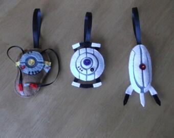 Felt Portal inspired Christmas bauble set with robots