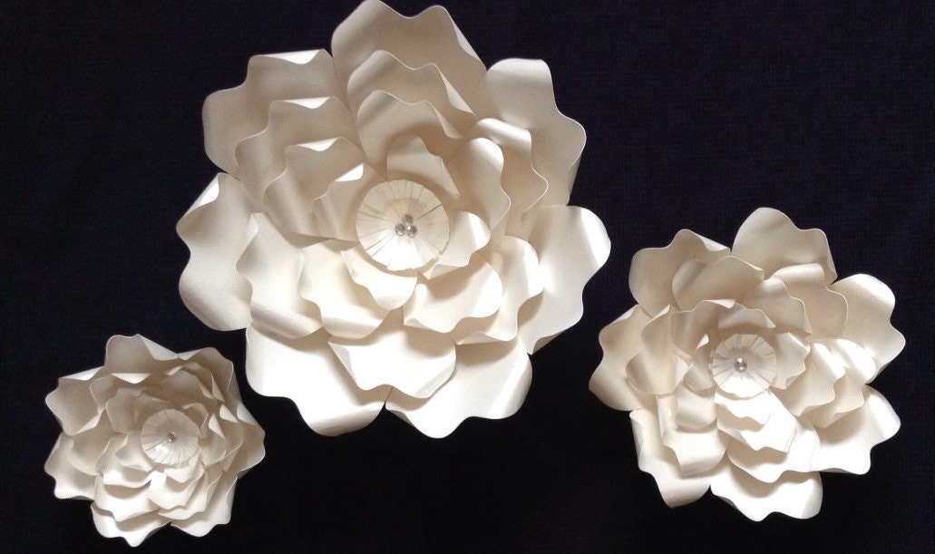 Wedding Large Paper Flowers Paper Flower Wall Photo Shoot