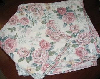Shabby Chic Queen Flat Sheet and Pillowcase/Cabbage Roses