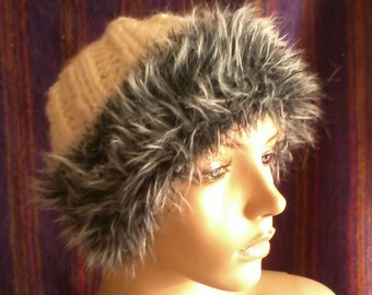 Fur Trimmed Bulky Knit Hat