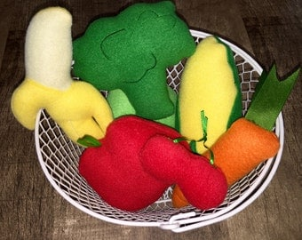 7 Piece Stuffed Play Fruit & Vegetable Toy Set In Basket Play Food (READY TO SHIP)