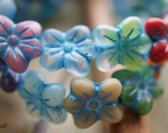 BACK IN STOCK...Spring Boutique, Flower Beads, Czech Beads, N1782