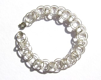 Silver wire flat chain bracelet, handmade from silver colour non-tarnish jump rings
