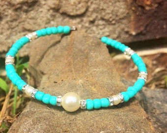 Pearl and turquoise memory wire bracelet/free shipping to us/handmade bracelet