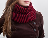 Striped scarf, Infinity scarf, valentines gift, Red Black Scarf, Chunky Scarf, fashion scarf, Gift for Wife, Mother Day Gift