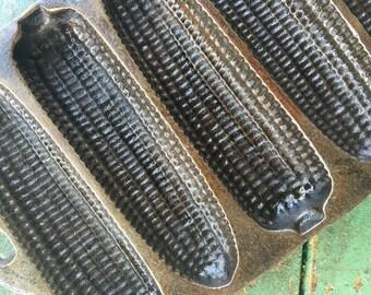 Vintage Cast Iron Corn Cob Pan - Cast Iron Cornbread Pan