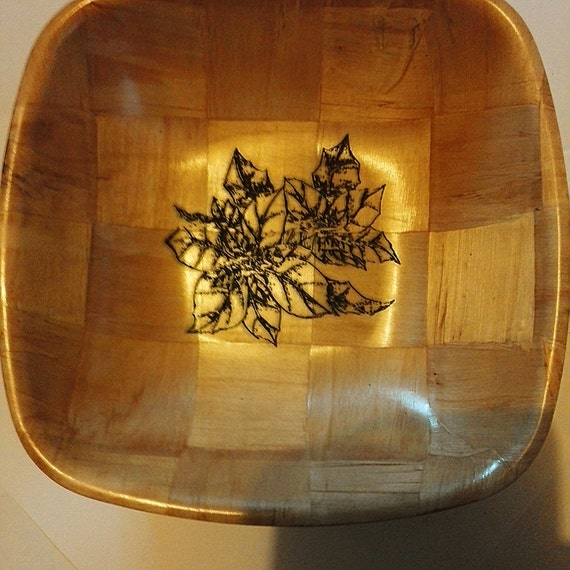 CHRISTMAS POINSETTIA NATURAL wooden bowl unique fruit /nut/ egg basket #christmas