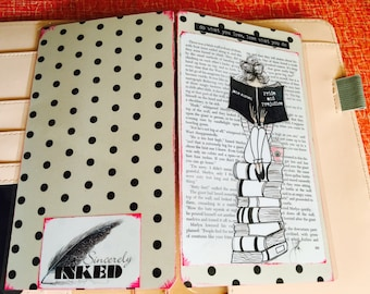"Mixed Media ""Bookworm"" Travelers Notebook Dashboard"