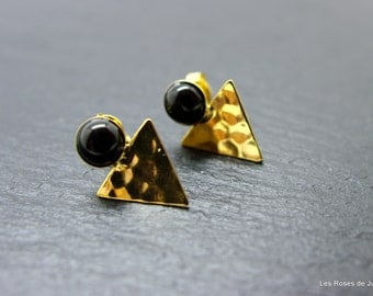 Earrings, triangle, black agate