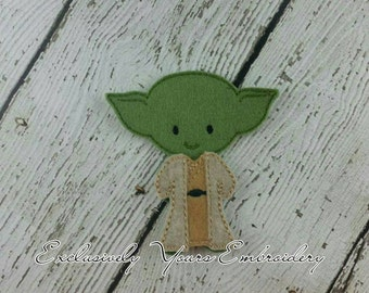 Yodi Felt Paper Doll and Robes - Party Favor - Pretend Play - Quiet Game - Travel Toy - Flat Doll - Felt Doll - Paper Doll - Dress Up Doll