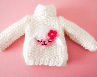Pullip and Blythe : Hand Knit white blouse with applique of Sheep