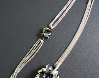 "Asymmetrical necklace collection ""ring"""