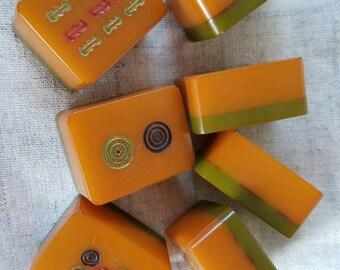 Bakelite Mahjong Tiles - Butterscotch and Green - Antique/Vintage Games - Oriental - Asian