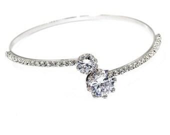 Elegant crystal opening silver bracelet