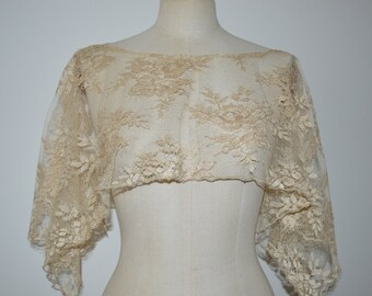 Cache married shoulder, married beige lace poncho