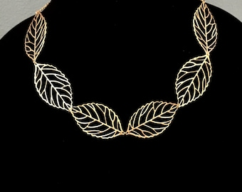 Statement Necklace Gold Metal, Leaf Statement Necklace, Gold Statement Necklace, Leaves Choker Necklace, Bib Necklace, Dainty Modern Choker