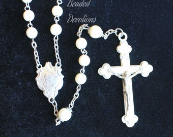 Vintage Ivory Faux Pearl Sacred Heart of Jesus & Virgin Mary Rosary #387