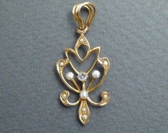 14K gold Pearls and 8PT diamond pendant c 1900
