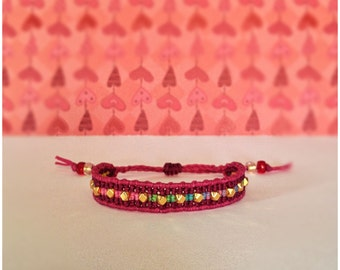 Tie Dye Beaded Macrame Bracelet in Burgundy & Fuschia