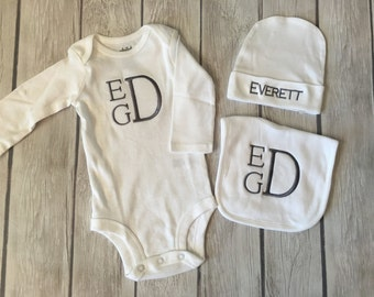Baby gift set!!! Custom monogrammed onesie, bib, and hat in white!