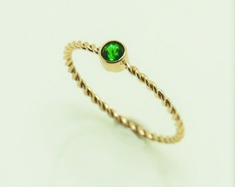 Chrome Diopside 14K Solid Gold Twisted Wire Ring, Stacking Ring - made to order in your size