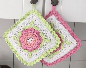 Crochet pot holder with Blumenmotif