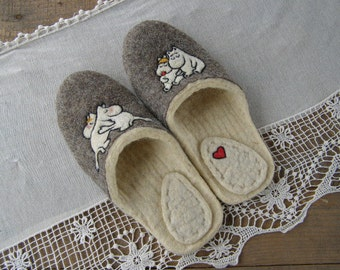 Moomintroll.  Love.  Ecofriendly handmade felted slippers.  Slippers. Warm wool slippers.