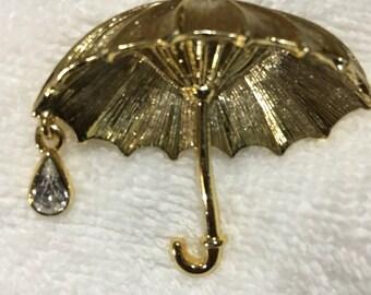 Gold toned Umbrella Brooch