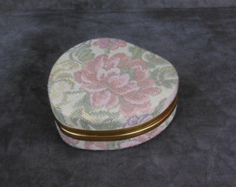 Heart Shaped Tapestry Jewelry Box - Travel Box With Snap-In Bag