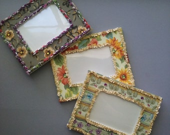 """4 1/2"""" x 3"""" Fabric covered picture frame with crochet edging and rhinestone accents sunflower fields bontaical fields khaki floral"""
