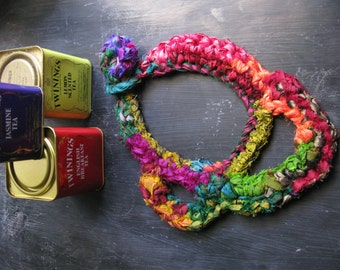Boho necklace, silk yarn necklace, multicolor jewellery, free form crochet, yarn jewellery, statement necklace