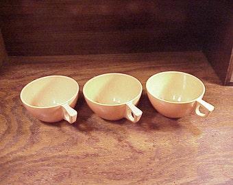 Lot of 3 Vintage Retro Peach Coral Melmac Sun-Valley Coffee Cups Mugs, no. 7