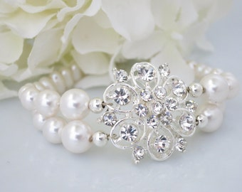 Swarovski pearl and rhinestone flower bracelet, Pearl wedding bracelet, Unique pearl bridal bracelet
