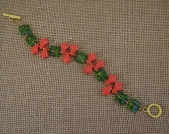 Green and Orange Milifiori beaded bracelet with gold tone toggle clasp